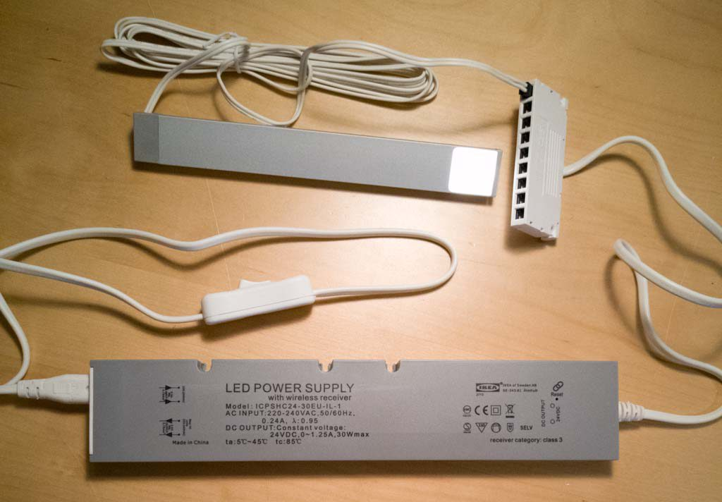 Testar IKEAS trådfri Led Power supply 30w.