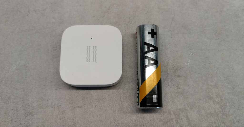 Xiaomi aqara vid ett AA batteri