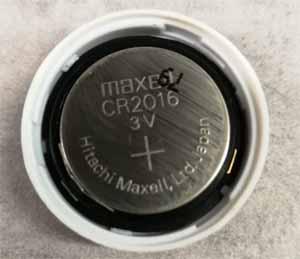 Flic använder sig av CR2016 batterier på 3V
