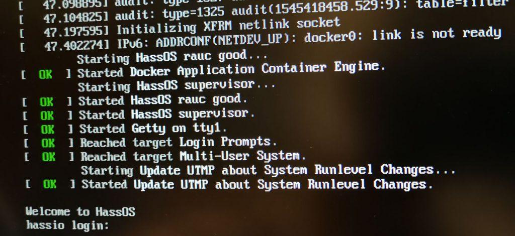 Default login till Hass.IO är root och sedan enter