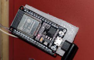 ESP32 som effektmätare till huset.